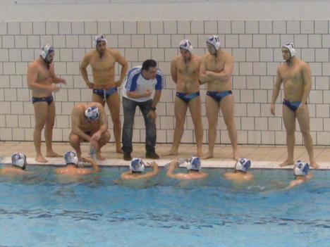Juan Carlos Sanchón i els seus jugadors a punt de tornar a plata.