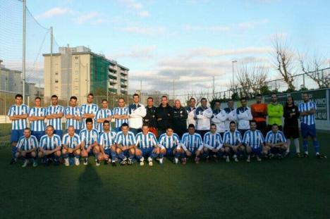 Penya Recreativa y Peña Unuón Málaga se juegan el sueño del ascenso en 90 minutos. Fuente de la imagen: twitter peña Málaga.